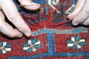 Detail Teppichschaden neu knüpfen